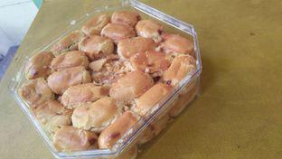 Foto 3 - Makanan di Holland Bakery oleh Review Dika & Opik (@go2dika)