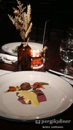 Foto 3 - Makanan di Roosevelt - Hotel Goodrich Suites oleh Kezia Nathania
