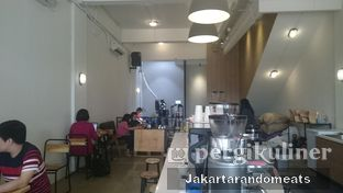 Foto 11 - Interior di The Caffeine Dispensary oleh Jakartarandomeats