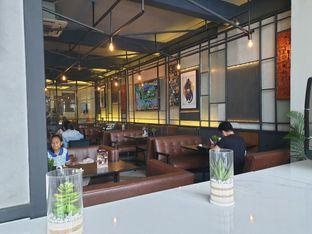 Foto 6 - Interior di High Grounds oleh Ken @bigtummy_culinary