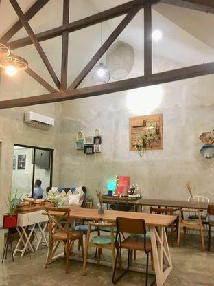 Foto 2 - Interior di Kona Koffie & Eatery oleh Prido ZH