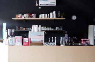 Foto 7 - Interior di Better Nature Coffee oleh yudistira ishak abrar