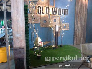 Foto 7 - Interior di Old Wood Bistro & Bar oleh Prita Hayuning Dias