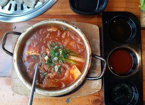 Restoran Korea di Jakarta dan Tangerang dengan Menu Jjigae Paling Enak