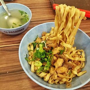 Foto 3 - Makanan(Bakmi Ayam Jamur) di Bakmi Terang Bulan (Sin Chiaw Lok) oleh felita [@duocicip]