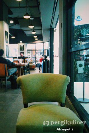 Foto review Starbucks Coffee oleh Jihan Rahayu Putri 4