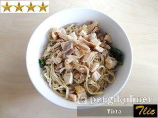 Foto 1 - Makanan di Bakmi A6 oleh Tirta Lie