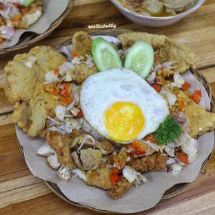 Foto 3 - Makanan(sanitize(image.caption)) di Bakso & Ayam Geprek Sewot oleh Stellachubby