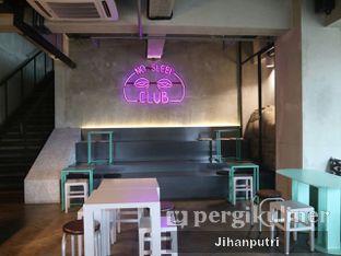 Foto 3 - Interior di GrindJoe Coffee - Moxy Hotel oleh Jihan Rahayu Putri