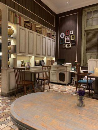 Foto 4 - Interior di Nanny's Pavillon oleh Rurie