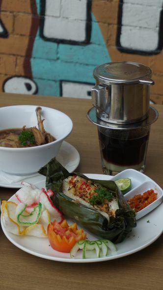 Foto Makanan di String Coffee and Eatery