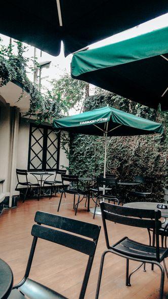 Foto Eksterior di Starbucks Coffee