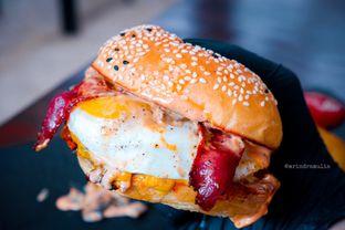 Foto 15 - Makanan di Dope Burger & Co. oleh Indra Mulia