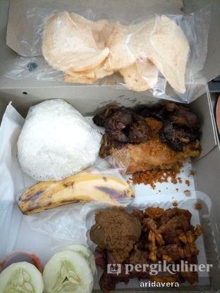 Foto 2 - Makanan di Ayam Goreng Suharti oleh Vera Arida