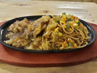Foto review MBS Bistro Cafe oleh Dani Allamsyah 2
