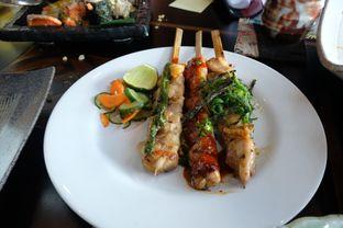 Foto 4 - Makanan(tori momo kushiyaki 3 kinds moriawase) di Enmaru oleh Pengembara Rasa