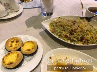 Foto 5 - Makanan(egg tart & nasi goreng yangchow) di Sun City Restaurant - Sun City Hotel oleh Patsyy