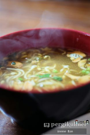 Foto 1 - Makanan(Nasi Soto Pisah) di Soto Bu Tjondro oleh Irene Fan