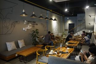 Foto 17 - Interior di Chief Coffee oleh yudistira ishak abrar