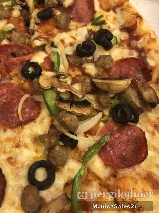 Foto review Domino's Pizza oleh Monica Sales 3