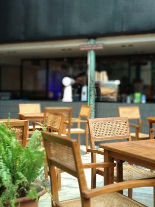 Foto review _Oeang oleh Ika Nurhayati 4