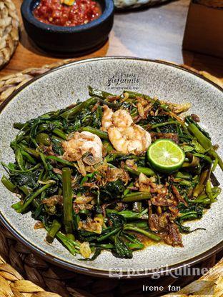Foto 5 - Makanan di Makan Tengah oleh Irene Stefannie @_irenefanderland