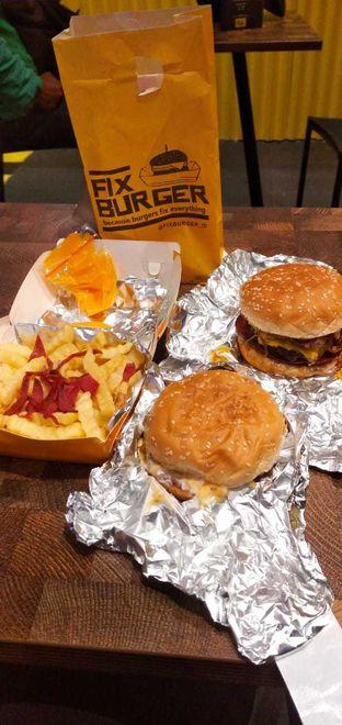 Foto 1 - Makanan di FIX Burger oleh yuandika putri