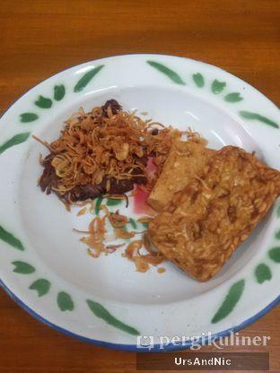 Foto 1 - Makanan(Empal dower) di Warung Mak Dower oleh UrsAndNic