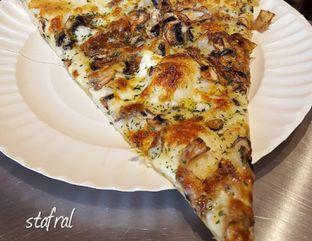 Foto review Pizza Place oleh Stanzazone  6