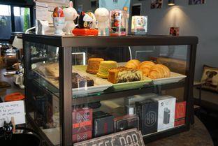 Foto 10 - Interior di Monomania Coffee House oleh BUKUmenuku