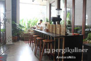 Foto 9 - Interior di 1/15 One Fifteenth Coffee oleh AndaraNila