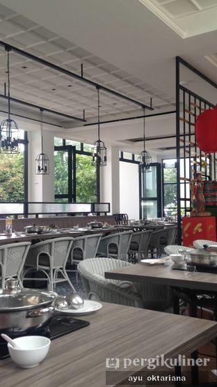 Foto 10 - Interior di Coca Suki Restaurant oleh a bogus foodie