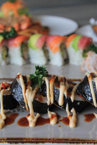 Foto 46 - Makanan di Sushi Itoph oleh Prido ZH