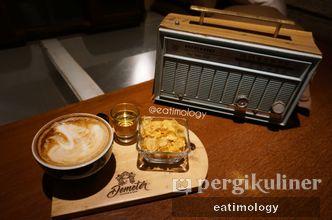 Foto Makanan di Demeter