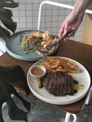 Foto 7 - Makanan di Twin House oleh YSfoodspottings