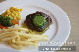 Foto 5 - Makanan di VIN+ Wine & Beyond oleh Jakartarandomeats