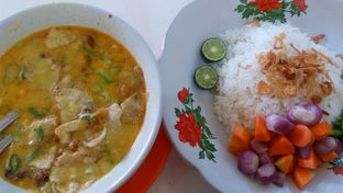 Foto 2 - Makanan di Soto Betawi H. Husein oleh Review Dika & Opik (@go2dika)