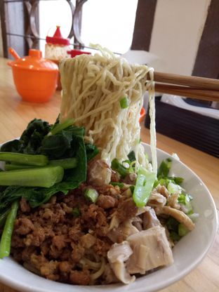 Foto 5 - Makanan di Bakmi Wen Sin oleh @duorakuss