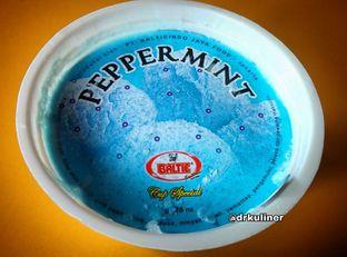 Foto 2 - Makanan di Baltic Ice Cream oleh Devi Renat