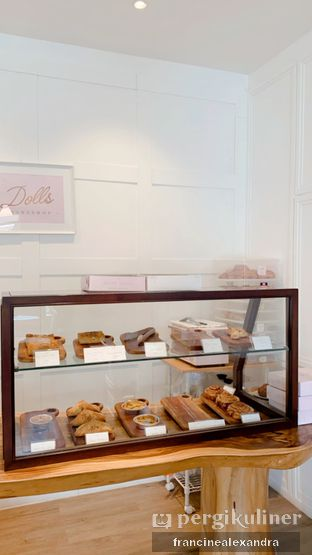 Foto 2 - Interior di Dolls Bakeshop oleh Francine Alexandra