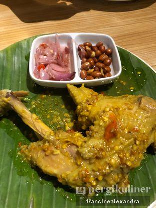 Foto 5 - Makanan di Bale Lombok oleh Francine Alexandra