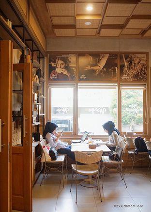 Foto 4 - Interior di Kopi Warga oleh @kulineran_aja