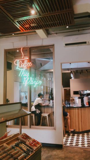 Foto 4 - Interior di New Lareine Coffee oleh Nyayu Ista Yulita