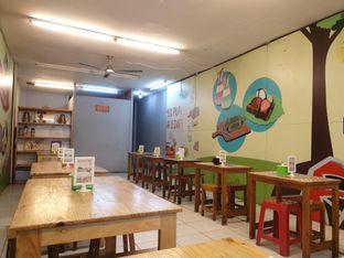 Foto 8 - Interior di Dapoer Roti Bakar oleh Adhy Musaad