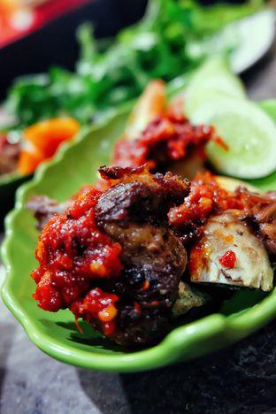 Foto 6 - Makanan di Waroeng 88 oleh Astrid Huang | @biteandbrew