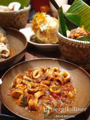 Foto 6 - Makanan(Cumi Bumbu Padang Telur Bayur) di Remboelan oleh JC Wen