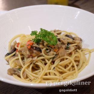 Foto 6 - Makanan di Socieaty oleh GAGALDIETT