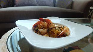 Foto 5 - Makanan di The Cafe - Hotel Mulia oleh Sharima Umaya