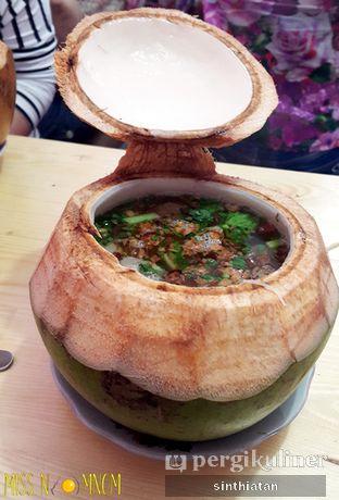 Foto 4 - Makanan(bakso khas dm + bihun) di Rumah Makan DM (Doyan Makan) oleh Miss NomNom