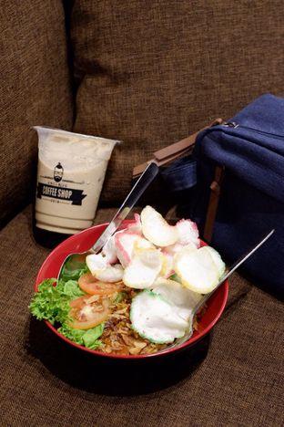Foto 13 - Makanan di Uncle Jo Coffee Shop oleh yudistira ishak abrar